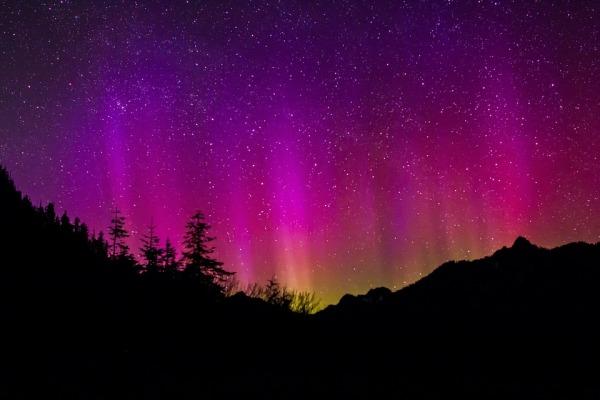 aurora-borealis-1065013_960_720
